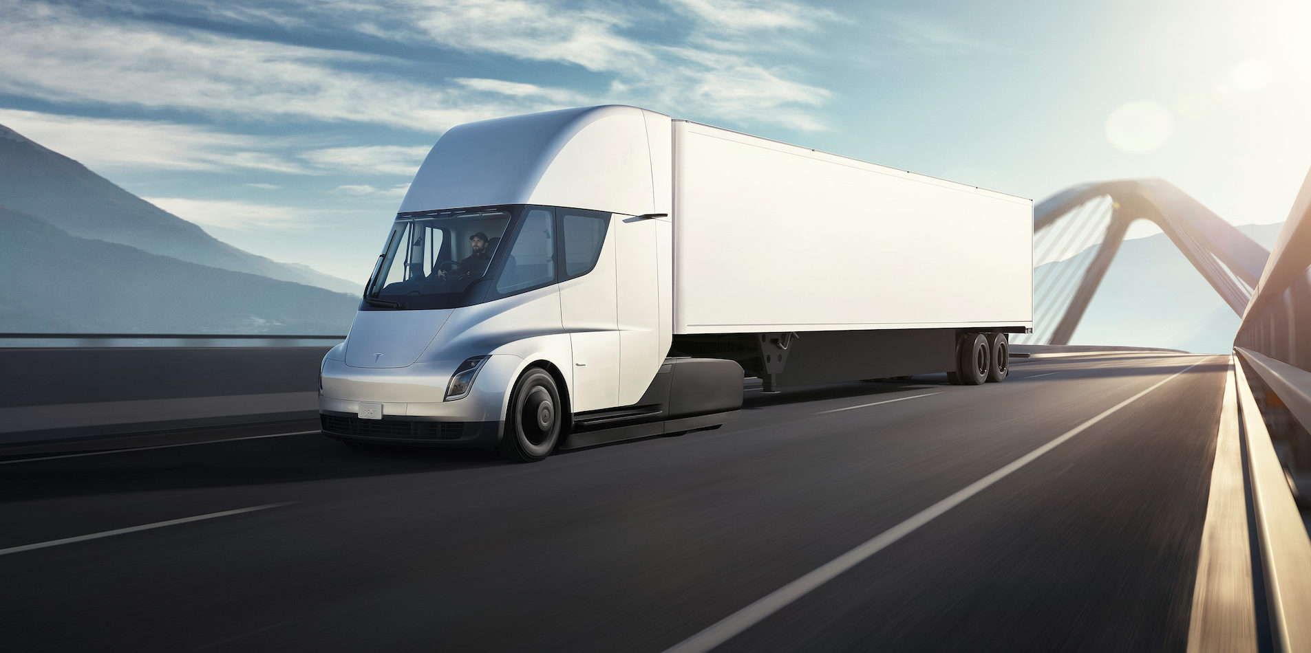Cand vom vedea pe strazi primele camioane electrice Tesla